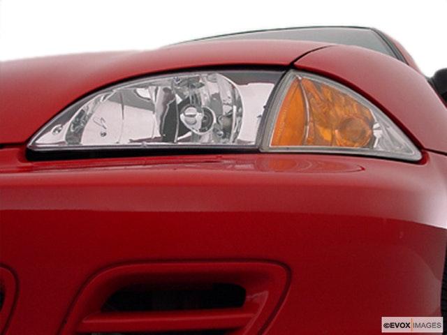 2000 Chevrolet Cavalier Drivers Side Headlight