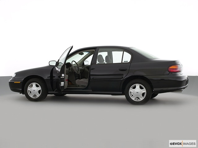2000 Chevrolet Malibu Driver's side profile with drivers side door open