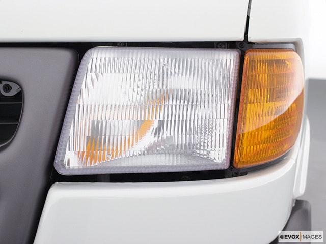 2000 Dodge Ram Van Drivers Side Headlight