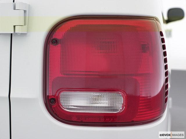 2000 Dodge Ram Van Passenger Side Taillight