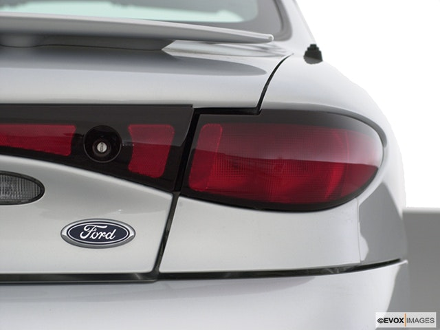 2000 Ford Escort Passenger Side Taillight
