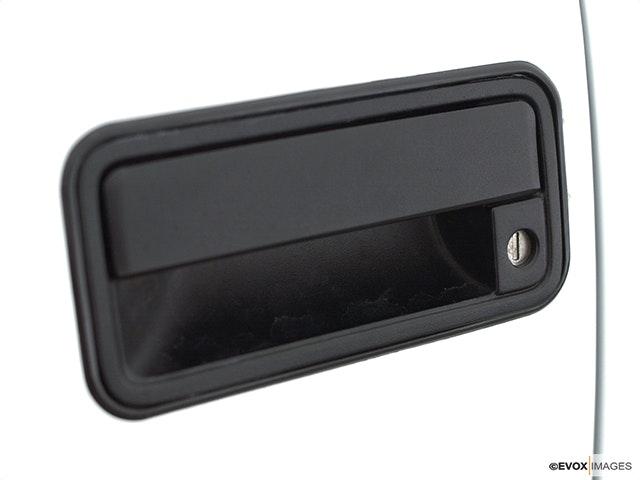 2000 GMC Sierra 2500 Drivers Side Door handle