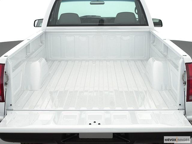 2000 GMC Sierra 2500 Trunk open