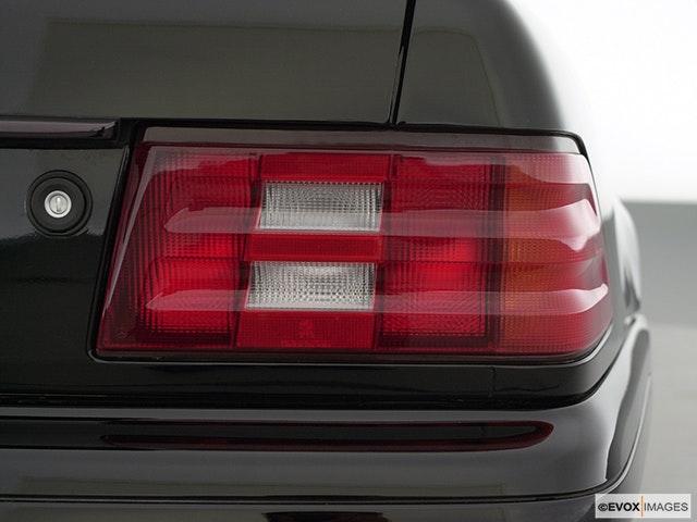 2000 Mercedes-Benz SL-Class Passenger Side Taillight