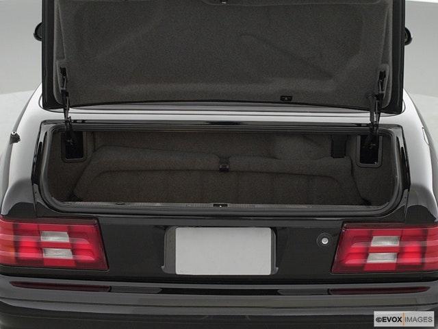 2000 Mercedes-Benz SL-Class Trunk open
