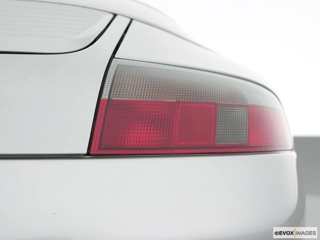2000 Porsche 911 Passenger Side Taillight