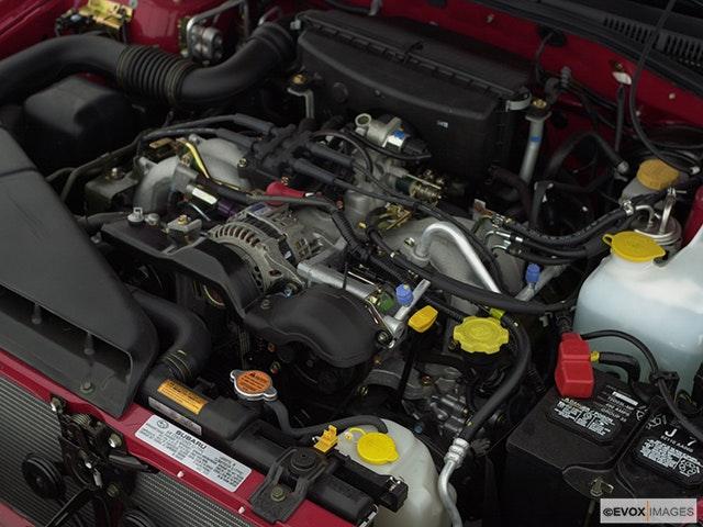 2000 Subaru Legacy Engine