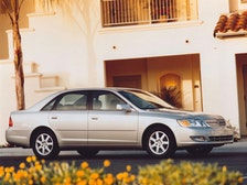 2000 Toyota Avalon Review
