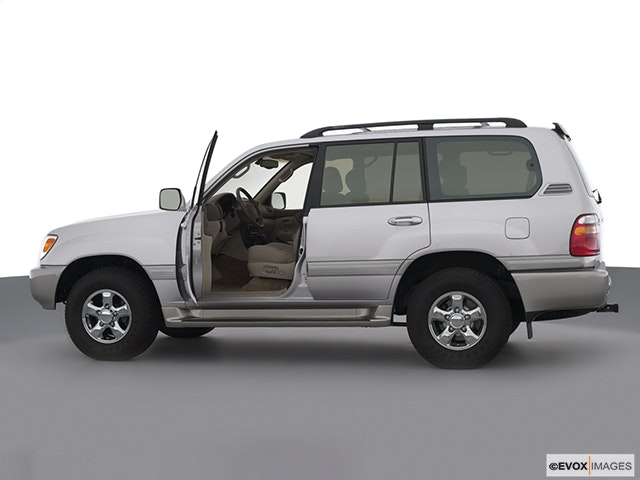 2000 Toyota Land Cruiser Driver's side profile with drivers side door open