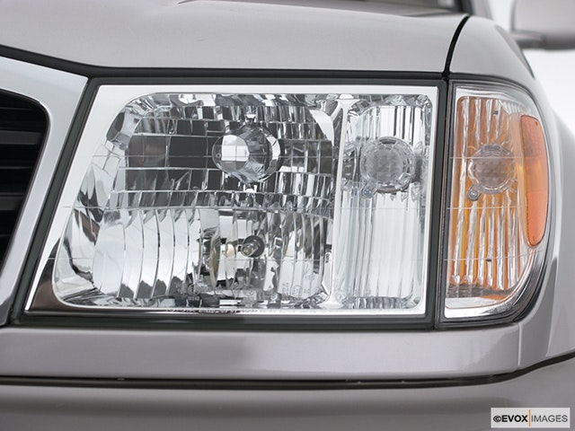 2000 Toyota Land Cruiser Drivers Side Headlight