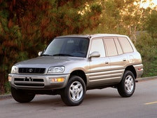 2000 Toyota RAV4 Review
