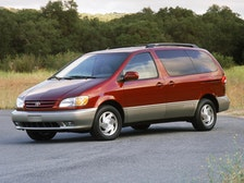 2000 Toyota Sienna Review