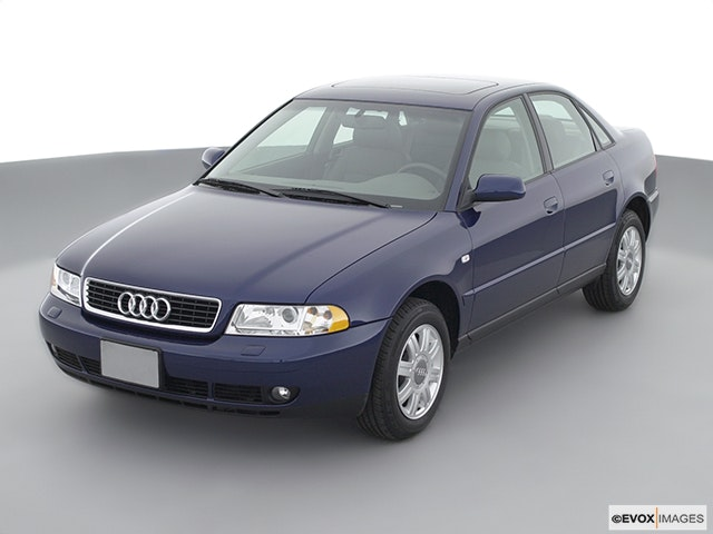 2001 Audi A4 Front angle view