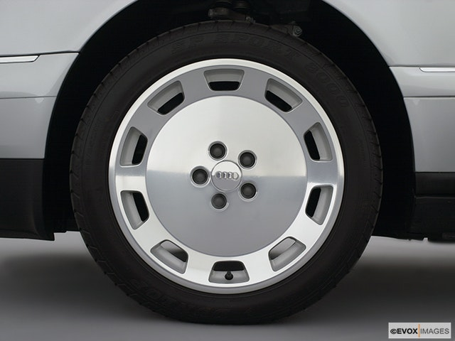 2001 Audi A8 Front Drivers side wheel at profile