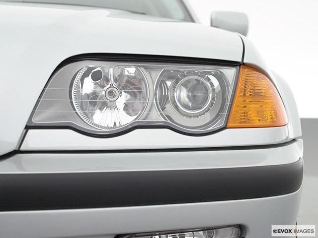 2001 BMW 3 Series Drivers Side Headlight