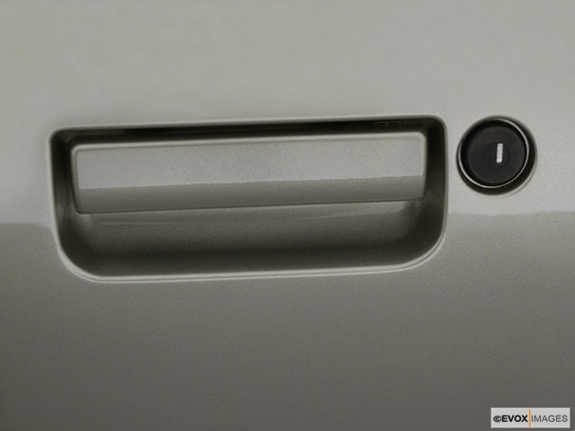 2001 Chevrolet Camaro Drivers Side Door handle