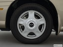 2001 Chevrolet Malibu Front Drivers side wheel at profile