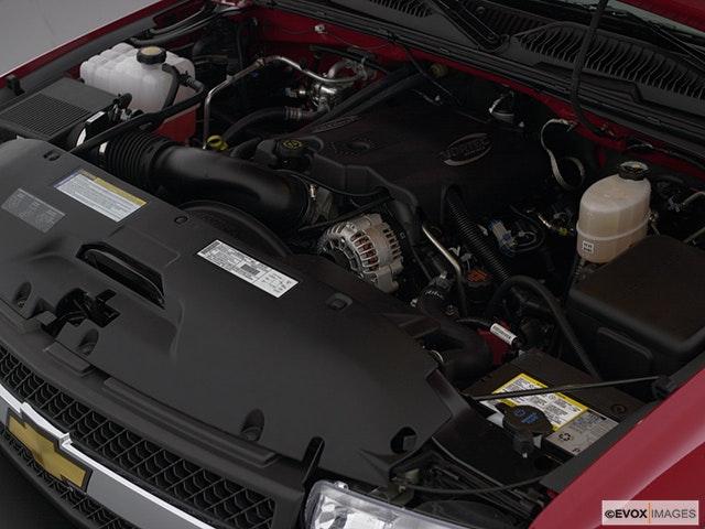 2001 Chevrolet Silverado 3500 Engine