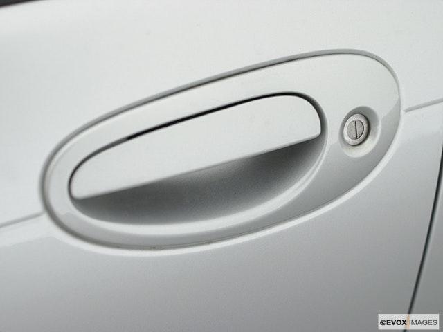 2001 Chrysler 300M Drivers Side Door handle