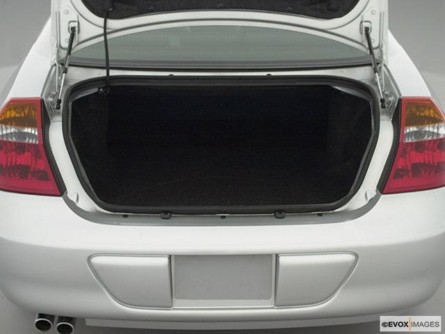 2001 Chrysler 300M Trunk open