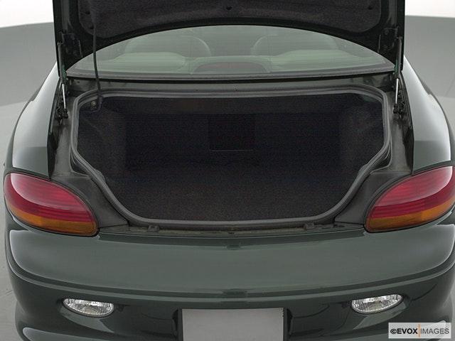 2001 Chrysler LHS Trunk open