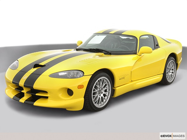2001 Dodge Viper Front angle view