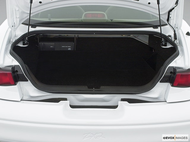 2001 Ford Escort Trunk open