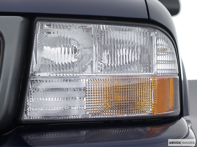 2001 GMC Sonoma Drivers Side Headlight