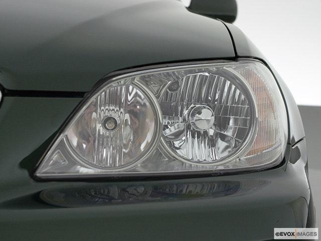 2001 Lexus IS 300 Drivers Side Headlight
