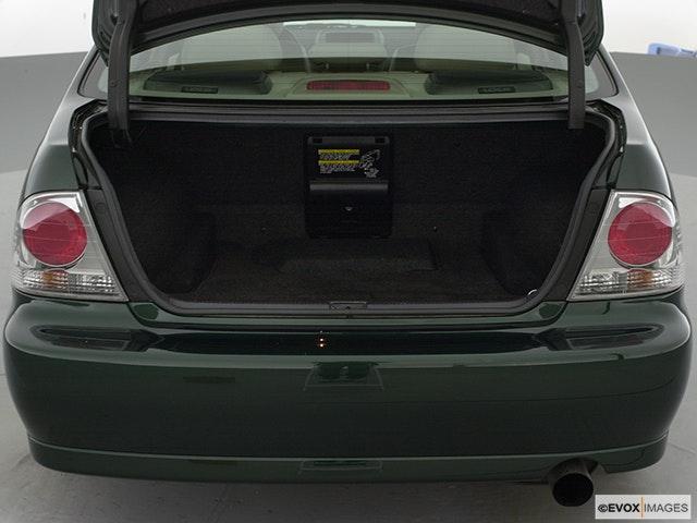 2001 Lexus IS 300 Trunk open