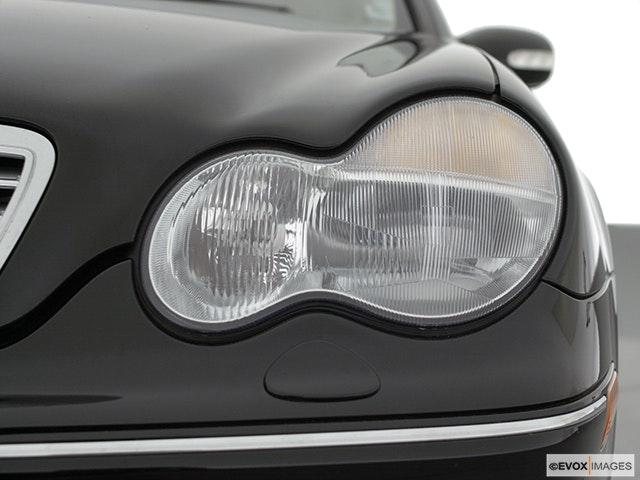 2001 Mercedes-Benz C-Class Drivers Side Headlight