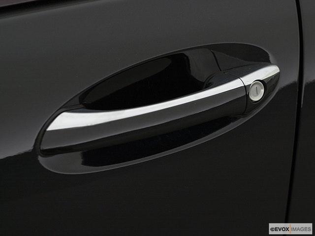2001 Mercedes-Benz C-Class Drivers Side Door handle