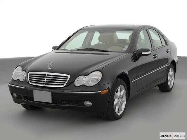 2001 Mercedes-Benz C-Class Front angle view