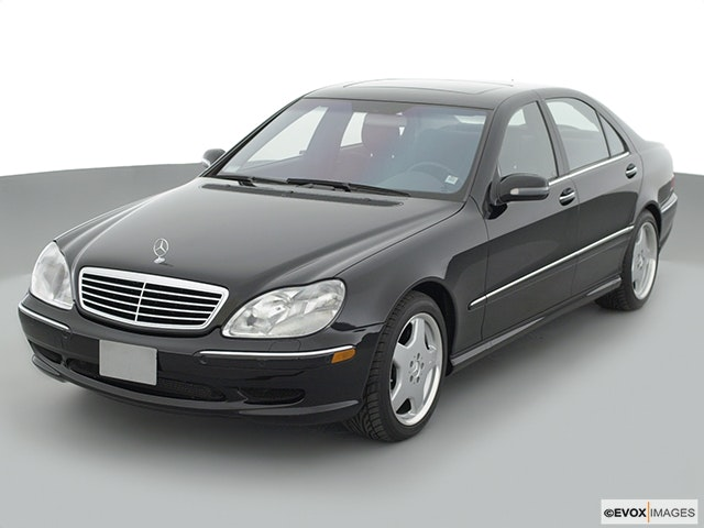 2001 Mercedes-Benz S-Class Front angle view