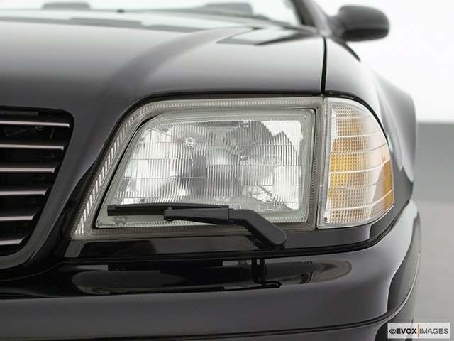 2001 Mercedes-Benz SL-Class Drivers Side Headlight