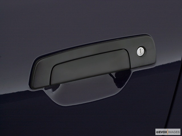 2001 Mitsubishi Galant Drivers Side Door handle