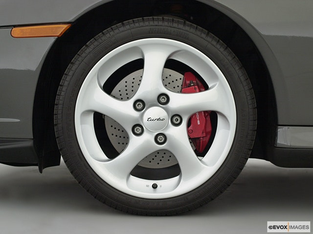 2001 Porsche 911 Front Drivers side wheel at profile