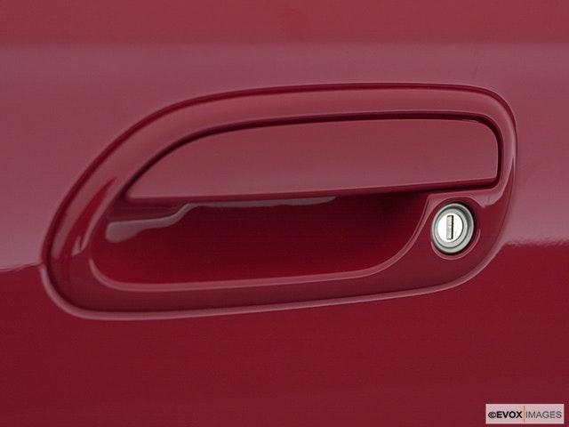 2001 Subaru Legacy Drivers Side Door handle