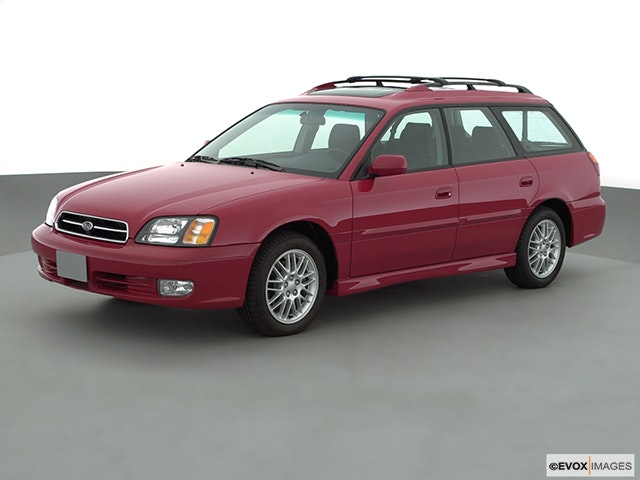 2001 Subaru Legacy Front angle view