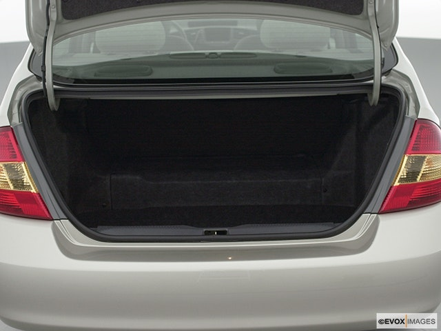 2001 Toyota Prius Trunk open