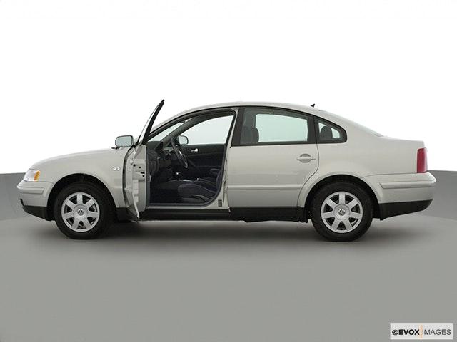 2001 Volkswagen Passat Driver's side profile with drivers side door open