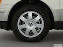 2001 Volkswagen Passat Front Drivers side wheel at profile