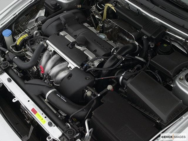 2001 Volvo V40 Engine