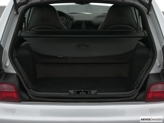 2002 BMW M Trunk open
