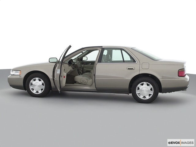 2002 Cadillac Seville Driver's side profile with drivers side door open