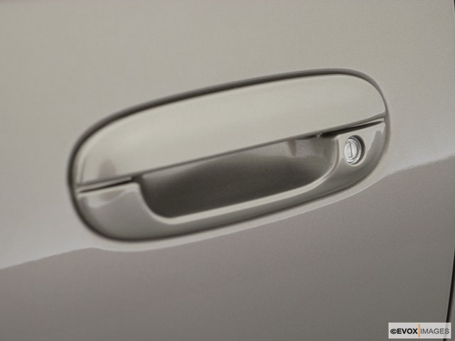 2002 Cadillac Seville Drivers Side Door handle