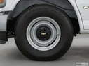 2002 Chevrolet Express Cargo Front Drivers side wheel at profile