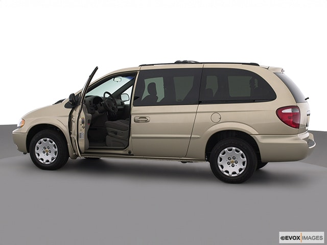 2002 Chrysler Town and Country Driver's side profile with drivers side door open