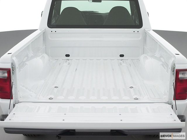 2002 Ford Ranger Trunk open