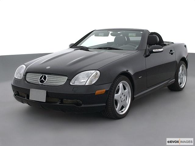 2002 Mercedes-Benz SLK Front angle view